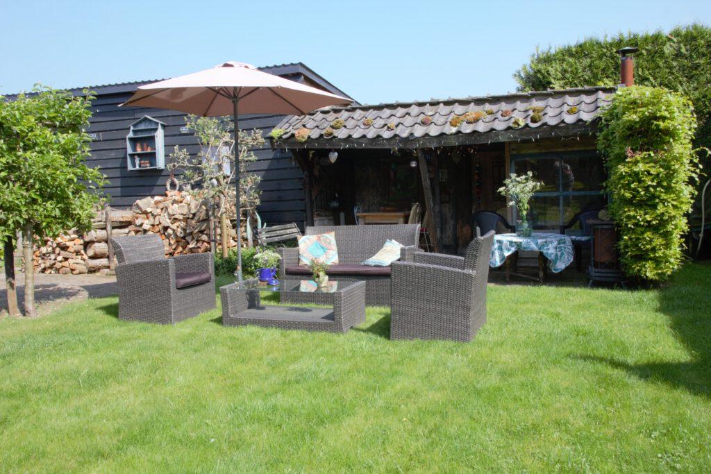 Gedeelte van de tuin beschikbaar voor gasten van B&B Buitenwaard.